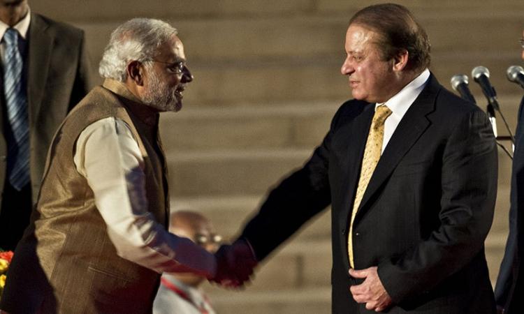 بدء مباحثات تاريخية بين رئيسي وزراء الهند وباكستان