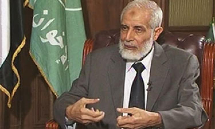 إحالة نائب مرشد الإخوان محمود عزت و14 آخرين بالمنيا للجنايات
