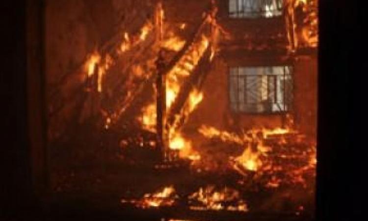 حريق فى نقطة شرطة فيصل