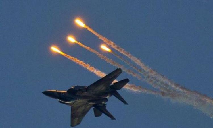 إسرائيل تشن هجوما جويا على غزة ردا على إطلاق صواريخ من القطاع