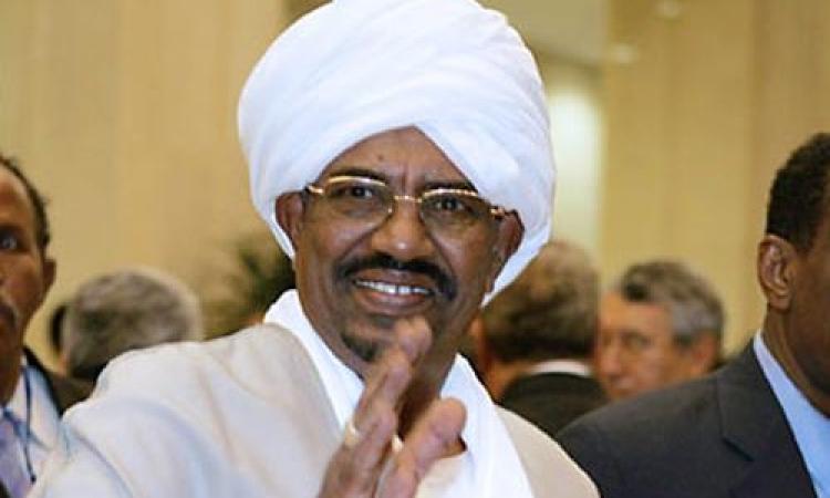 الرئيس السوداني يؤكد إجراء الانتخابات في موعدها العام المقبل
