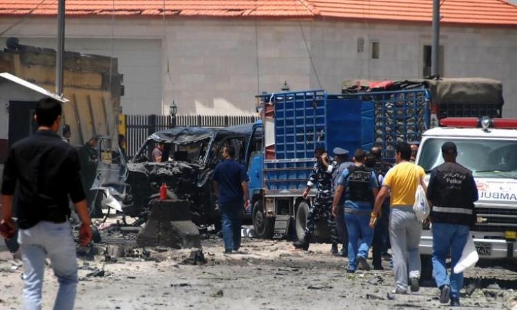 قتيلان بتفجير قرب موكب مدير الأمن اللبناني