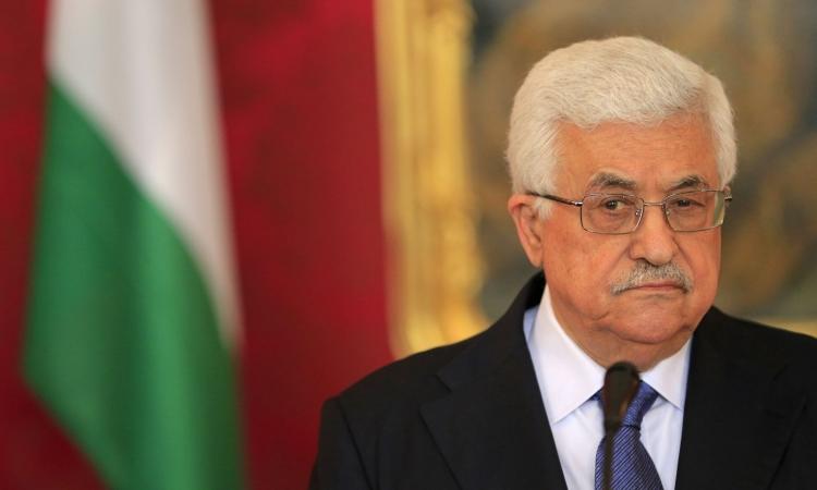 أبو مازن يستقيل من رئاسة منظمة التحرير الفلسطينية