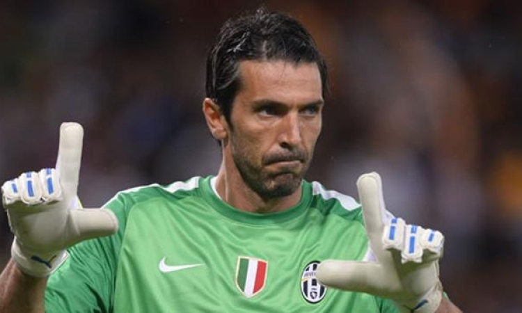بوفون : منتخب ايطاليا الحالى اصبح يتصف بجدية بالغة