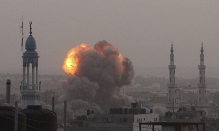 عملية الجرف الصامد تدخل يومها الخامس .. وضحايا غزة يرتفعون إلى 123 شهيدا