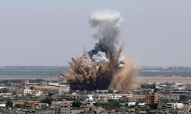 غارات إسرائيلية على مواقع لـ«حماس» بقطاع غزة
