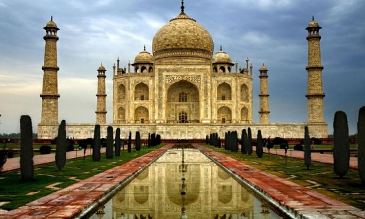 ملف مصور .. أعظم 10 معالم سياحية فى العالم