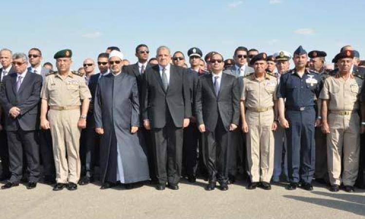 السيسي يتقدم الجنازة العسكرية لشهداء حرس الحدود