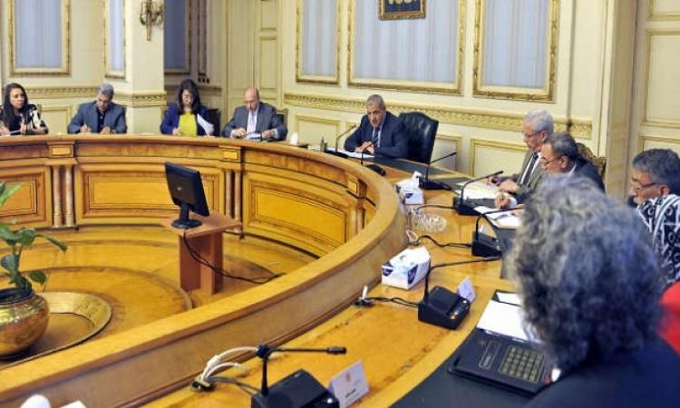 اجتماع طارئ للحكومة عقب انتهاء لقاء السيسى مع محلب