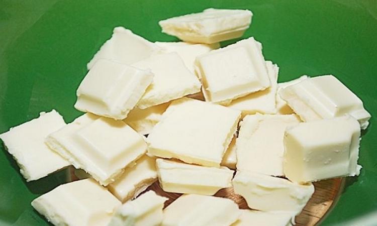 الشيكولاتة البيضاء .. تجلب السعادة وراحة البال