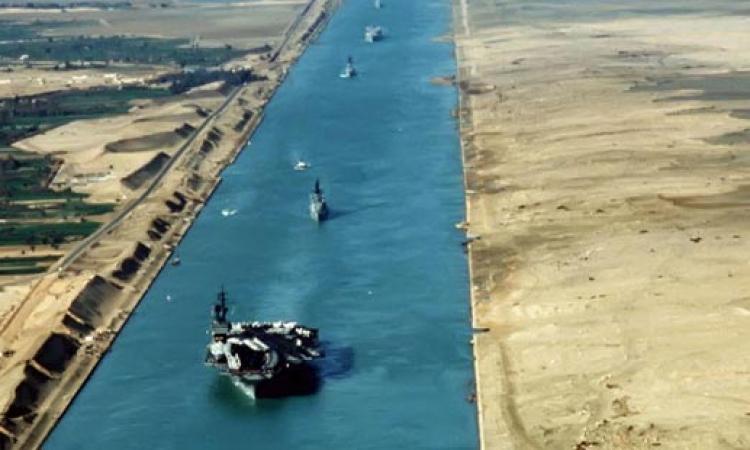 بالفيديو .. إصطدام سفينتين في قناة السويس