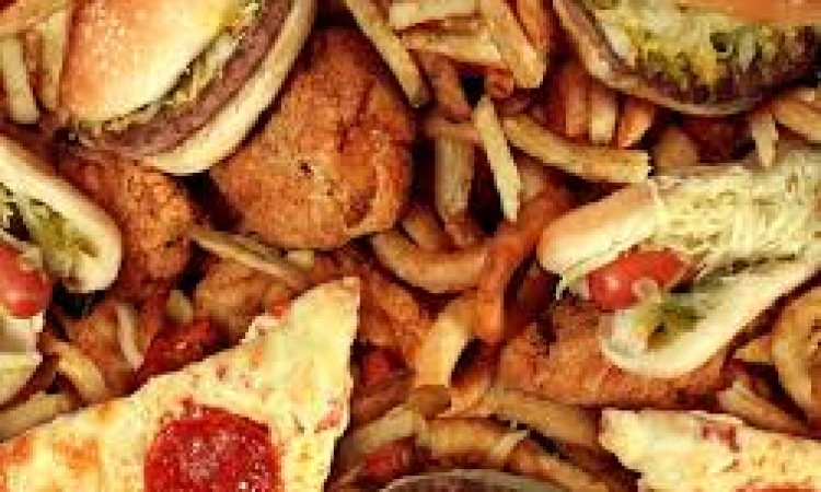 احذروا الدهون التقابلية .. خطر كامن في المواد الغذائية