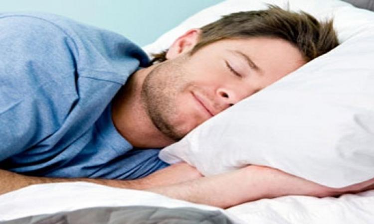 نصيحة فى سرك .. 8 اشياء لاتفعلها ابداً قبل النوم !!