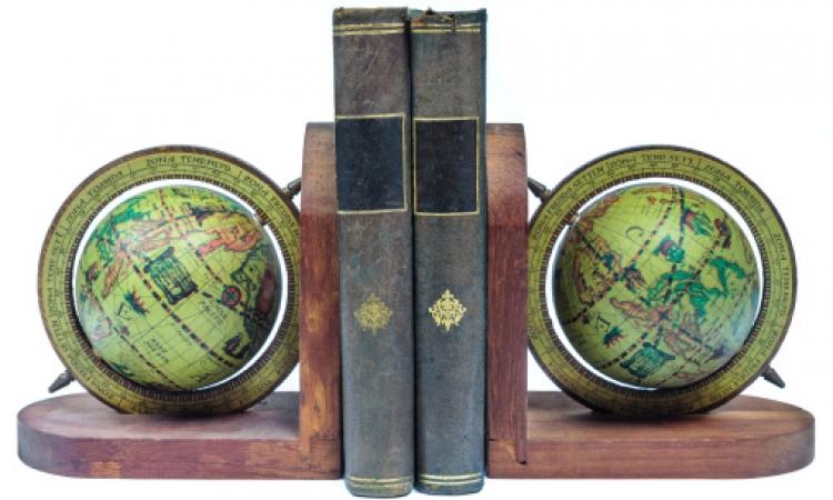 بالصور.. ساند الكتب من صنع يديكِ .. ديكور وتوفير برضه