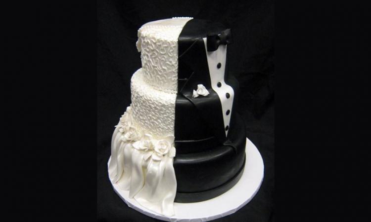 بالصور .. تصاميم جديدة ومبتكرة لتورت الزفاف والأفراح !!
