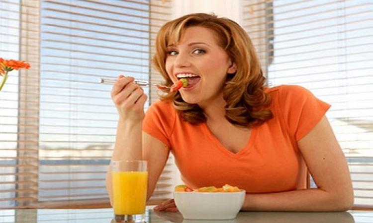 تجنبى هذه العادات الخاطئة بعد تناول الطعام
