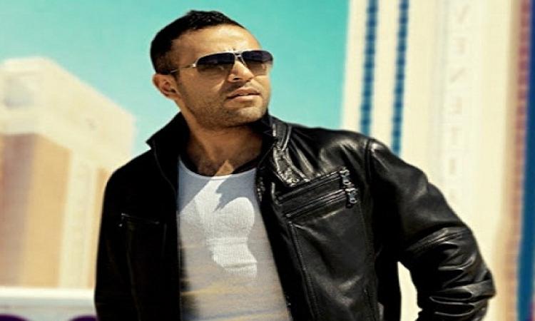 """تامر عاشور يحيى حفلا غنائيا فى """"جامعة مصر"""" الثلاثاء المقبل"""