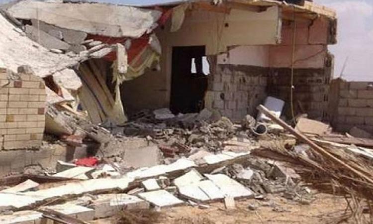 مقتل 10 مدنيين وإصابة 5 آخرين إثر سقوط صاروخين بالخطأ على منزلين برفح كانا يستهدفان نقطة أمنية