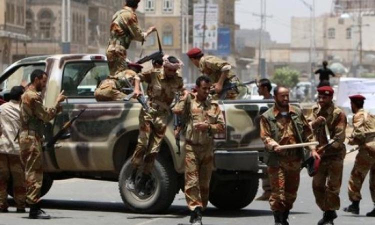 القوات اليمنية تحرر ثمانية رهائن وتقتل سبعة خاطفين من القاعدة