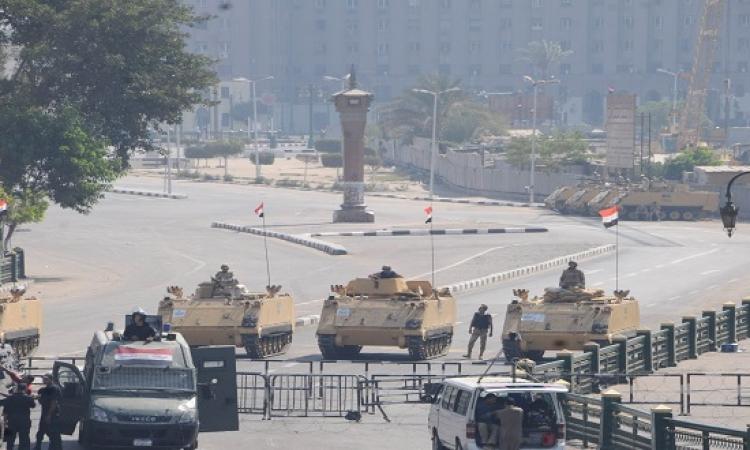 قوات الجيش تغلق ميدان التحرير أمام حركة المرور