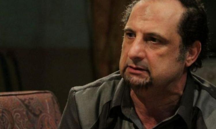 خالد الصاوى مجبر على الابتعاد عن التمثيل