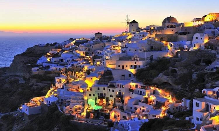 جولة فى جزيرة سانتوريني اليونانيه