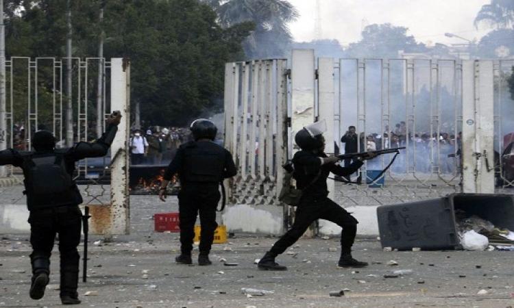 اشتباكات بين  الشرطة و طلاب الاخوان فى معهد الصناعى بالمطرية