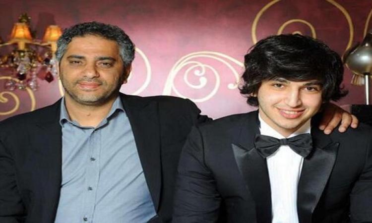 """بالفيديو .. بعد أن تخلى والده عن الغناء .. ابن فضل شاكر يدخل عالم الفن بـ""""راحو"""""""