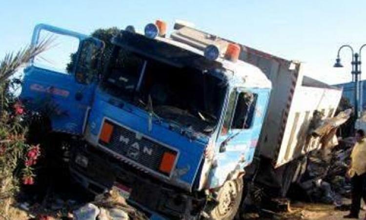 وفاة شخص وإصابة اثنان آخرين فى سقوط لسيارة نقل بترعة المريوطية