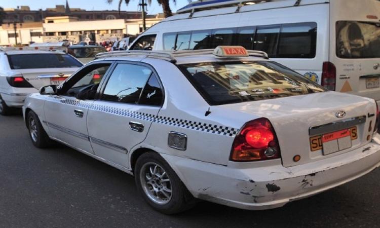 وزارة المالية تتعهد بإعفاء أصحاب التاكسى الأبيض من فوائد تأخير 3 أقساط من عام 2011