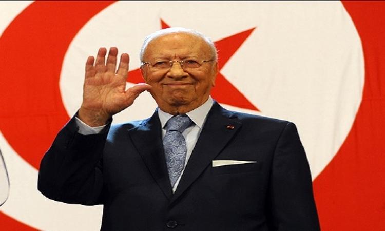 بالفيديو.. السبسى وهولاند فى مسيرة بتونس للتنديد بالاعتداء على متحف باردو
