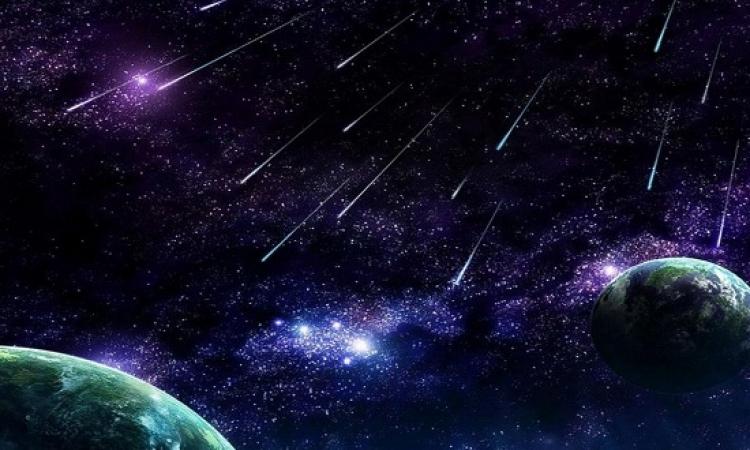 """الليلة .. ذروة تساقط شهب """"التوأميات"""" .. يعنى ممكن تعدها بدل النجوم !!"""