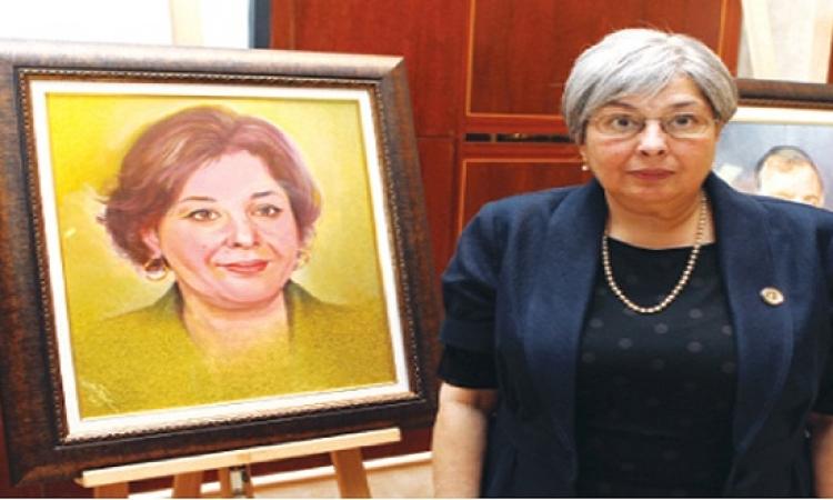 تشييع جنازة الكاتبة رضوى عاشور بعد وفاتها عن عمر يناهز 68 عاما
