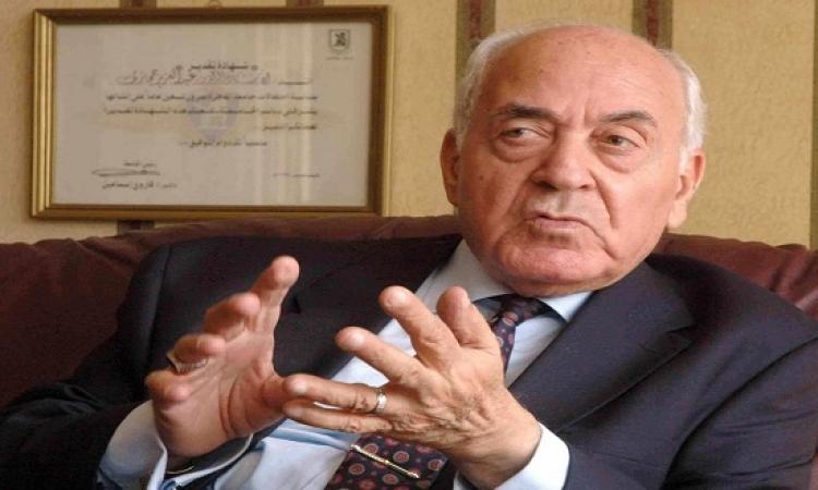 وفاة عبد العزيز حجازى رئيس مجلس الوزراء الأسبق عن 91 عاما