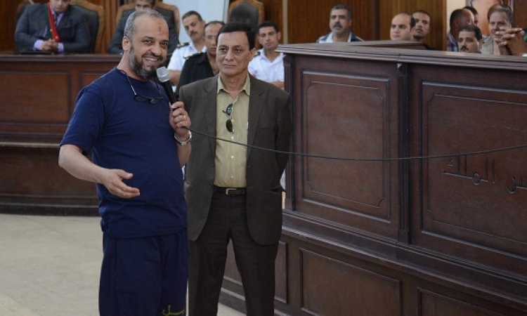 """شعر وهجاء من دفاع """"قسم العرب"""" فى قاعة المحكمة والمتهمون .. تصفيق حاد!!"""