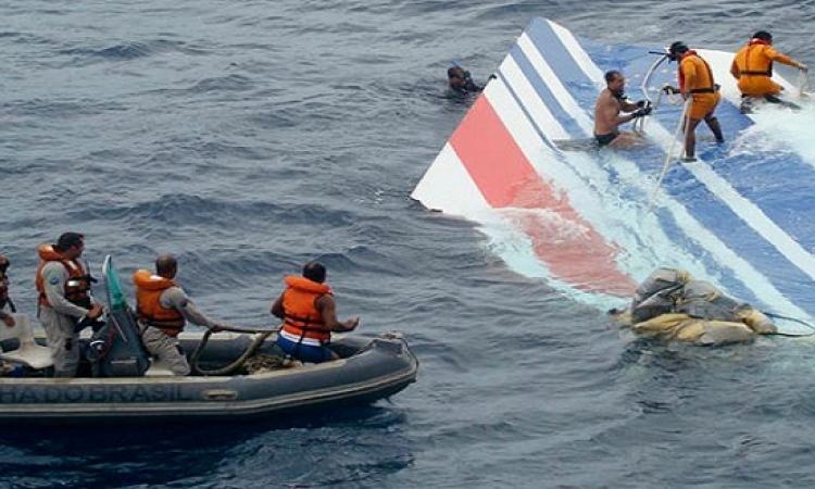 """انتشال أكثر من 40 جثة لركاب الطائرة الماليزية المفقودة من بحر """"جاوة"""""""