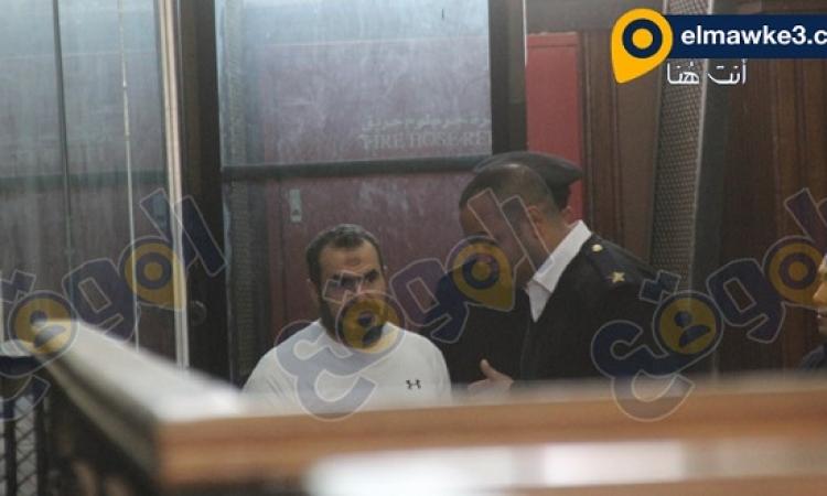 بالصور .. محاكمة بديع و50 قياديا بقضية غرفة عمليات رابعة