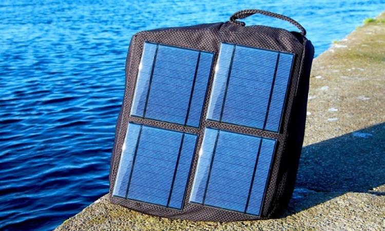 """""""Solofy"""" حقيبة لشحن الهاتف بالطاقة الشمسية"""