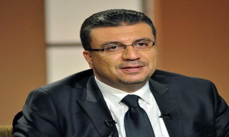 بالفيديو .. عمرو الليثى متأثر ويتفاعل مع مفيش صاحب يتصاحب