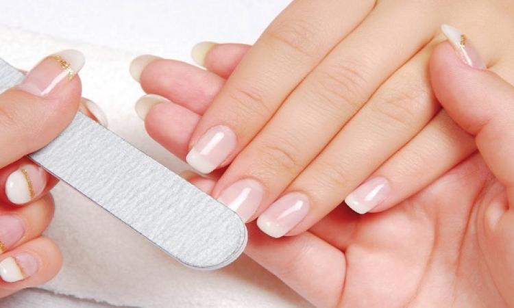 تعرفى 8 علاجات منزلية لهشاشة الأظافر