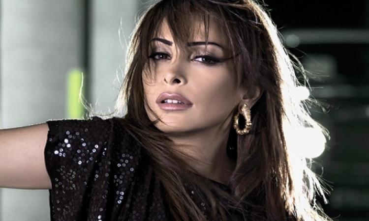 """بالفيديو.. كليب""""ده حبيبى"""" لــ أمل حجازى يجتاز 100 ألف مشاهدة"""