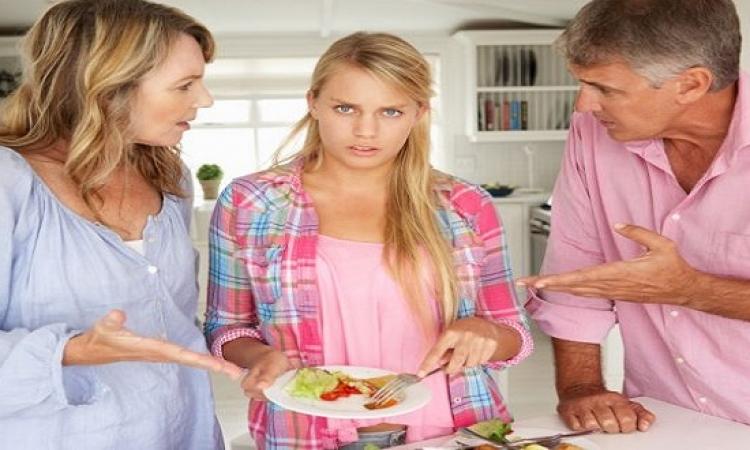 أهم 10 نقاط لتتعاملى مع أولادك فى فترة المراهقة