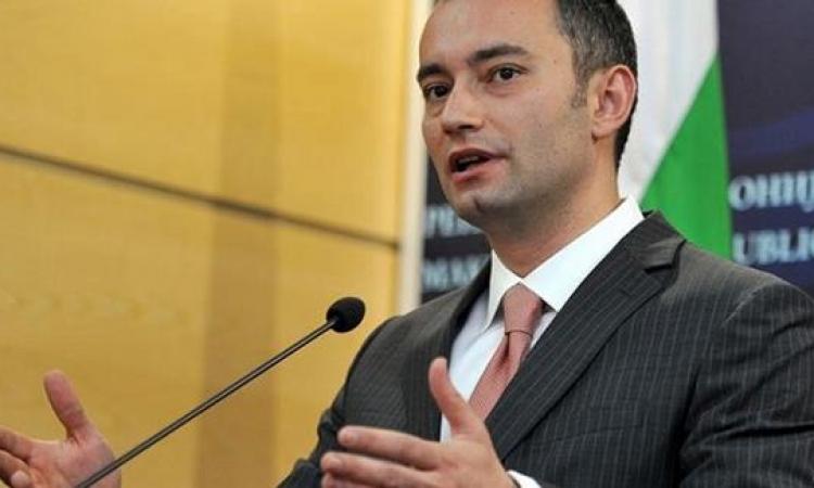 الدبلوماسي البلغاري نيكولاي ملادينوف مبعوثًا جديدًا من الأمم المتحدة للشرق الأوسط