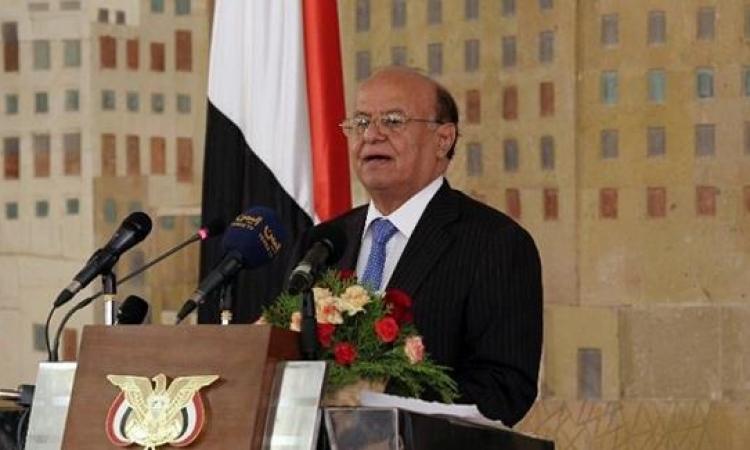 "منصور هادي ""ميت سريرياً"" والحوثيين يرفضون سفره للعلاج"