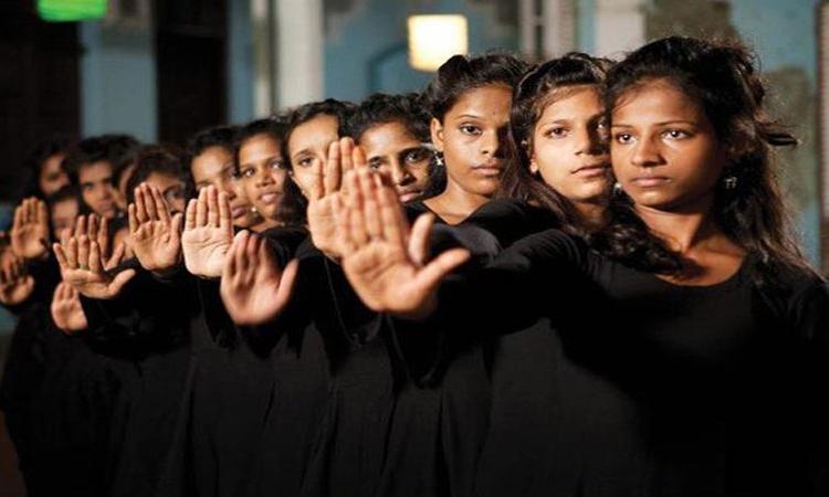 """""""اليونيسيف"""": انخفاض معدل انتشار جرائم ختان الإناث بمصر بين الأجيال الجديدة"""