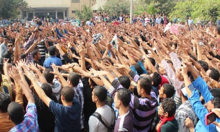 وقفة احتجاية لائتلاف طلاب مصر عن مذبحة الاستاد