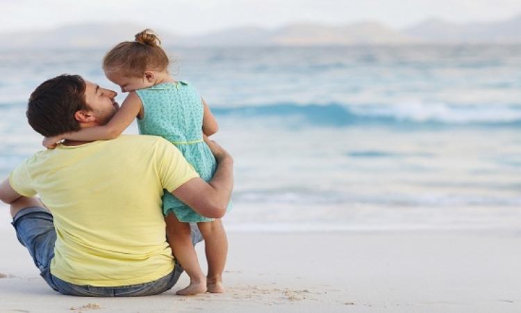 بالفيديو .. أب قرر ان يكون الحب الاول و الاخير فى حياه ابنته
