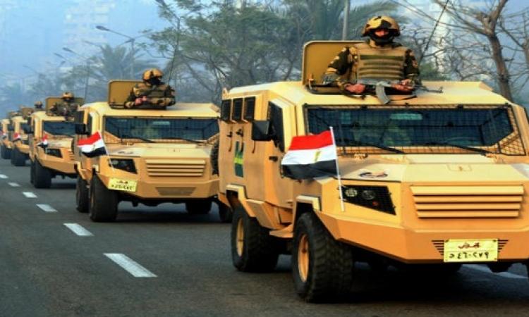 بالصور.. الجيش ينشر قواته فى شوارع القاهرة لمعاونة الداخلية فى تأمين المواطنين
