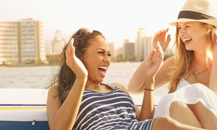 طرق جديدة للتخلص من السعرات الحرارية .. منها الضحك والرقص