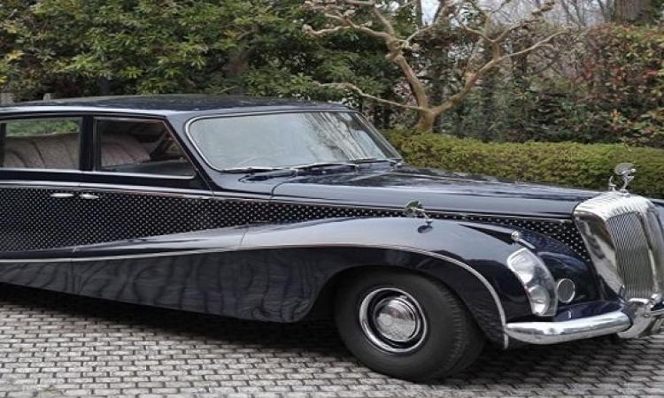 سيارة الليدى دوكر أناقة الليموزين من ثمانينات القرن الماضى